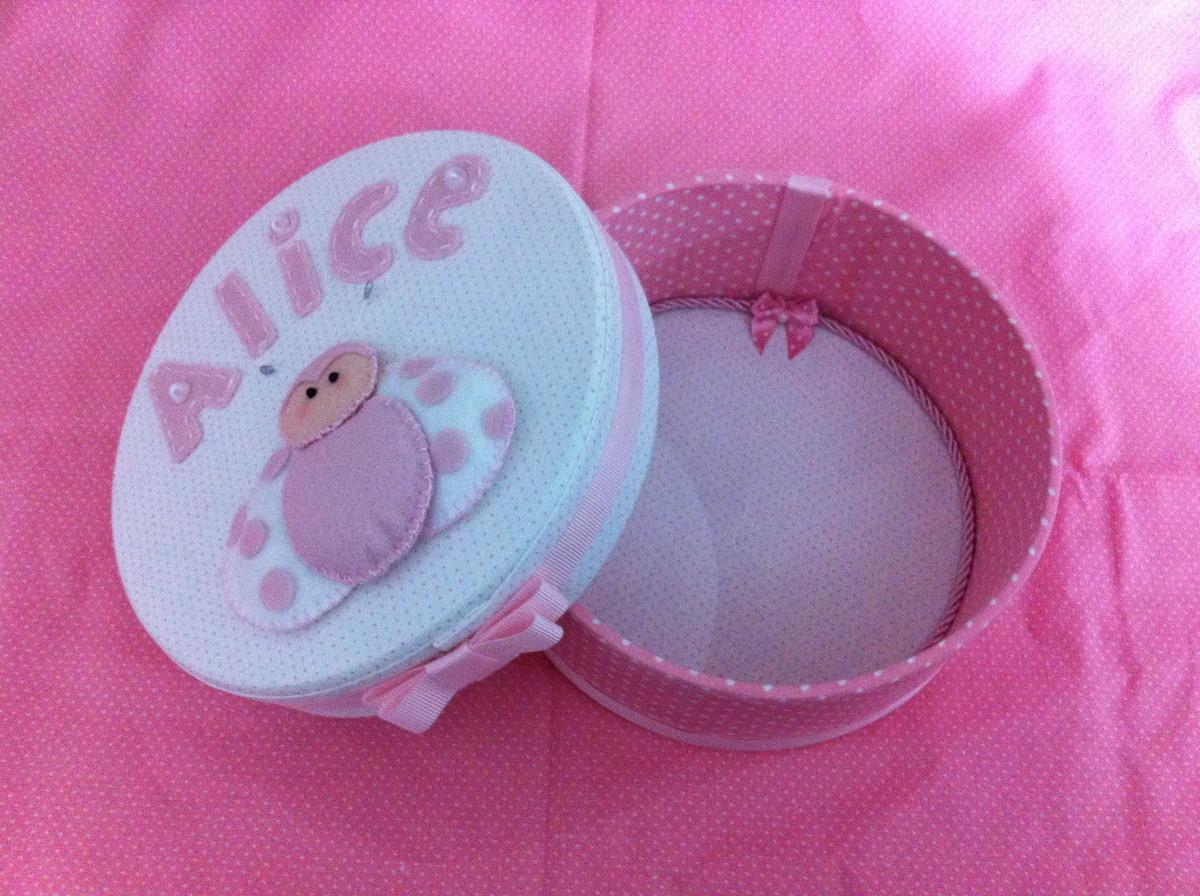 de maternidade caixa redonda com joaninha em feltro cha de bebe caixa #A12A80 1200x896