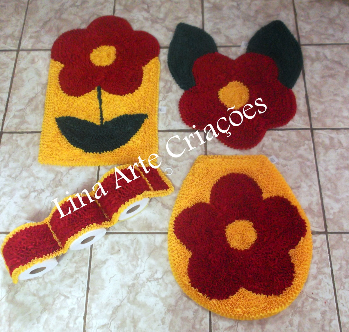 Tapete Floral Para Banheiro : tapetes-jogo-de-banheiro-flor-4-pecas-jogo-de-banheiro
