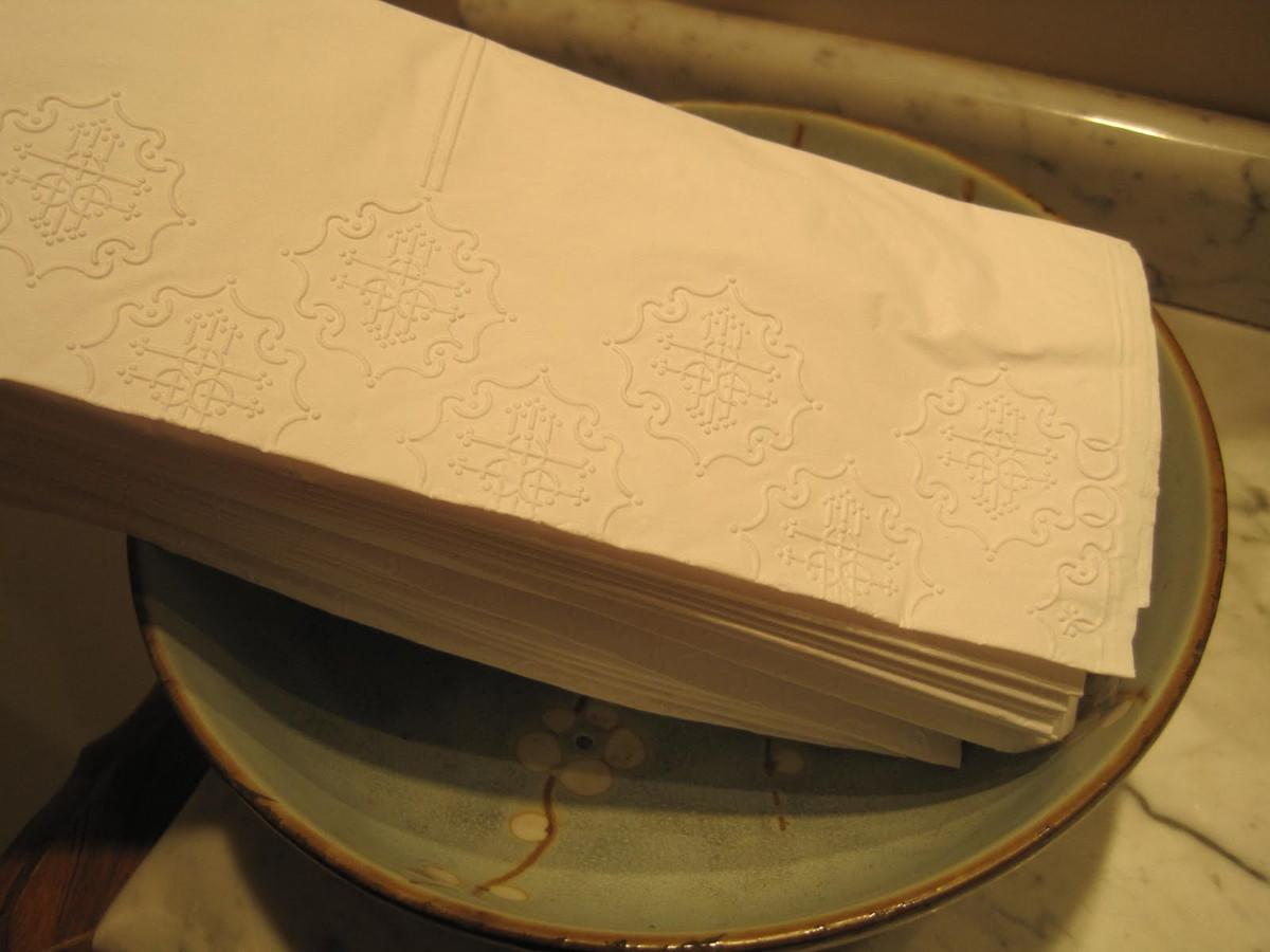 decoracao toalha lavabo: -para-lavabo-toalha-de-papel toalha-de-papel-para-lavabo-toalha Zoom