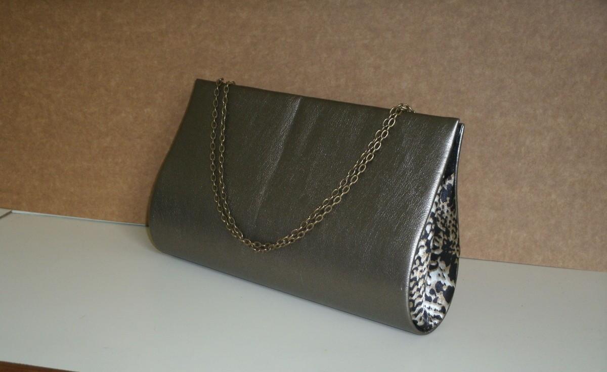 Bolsa De Mão Prata : Bolsa carteira prata velha com corrente by mippell elo