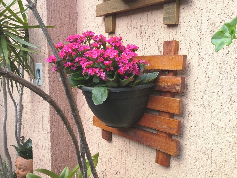 horta jardim vertical:Horta ou Jardim Vertical / Painel + Vaso