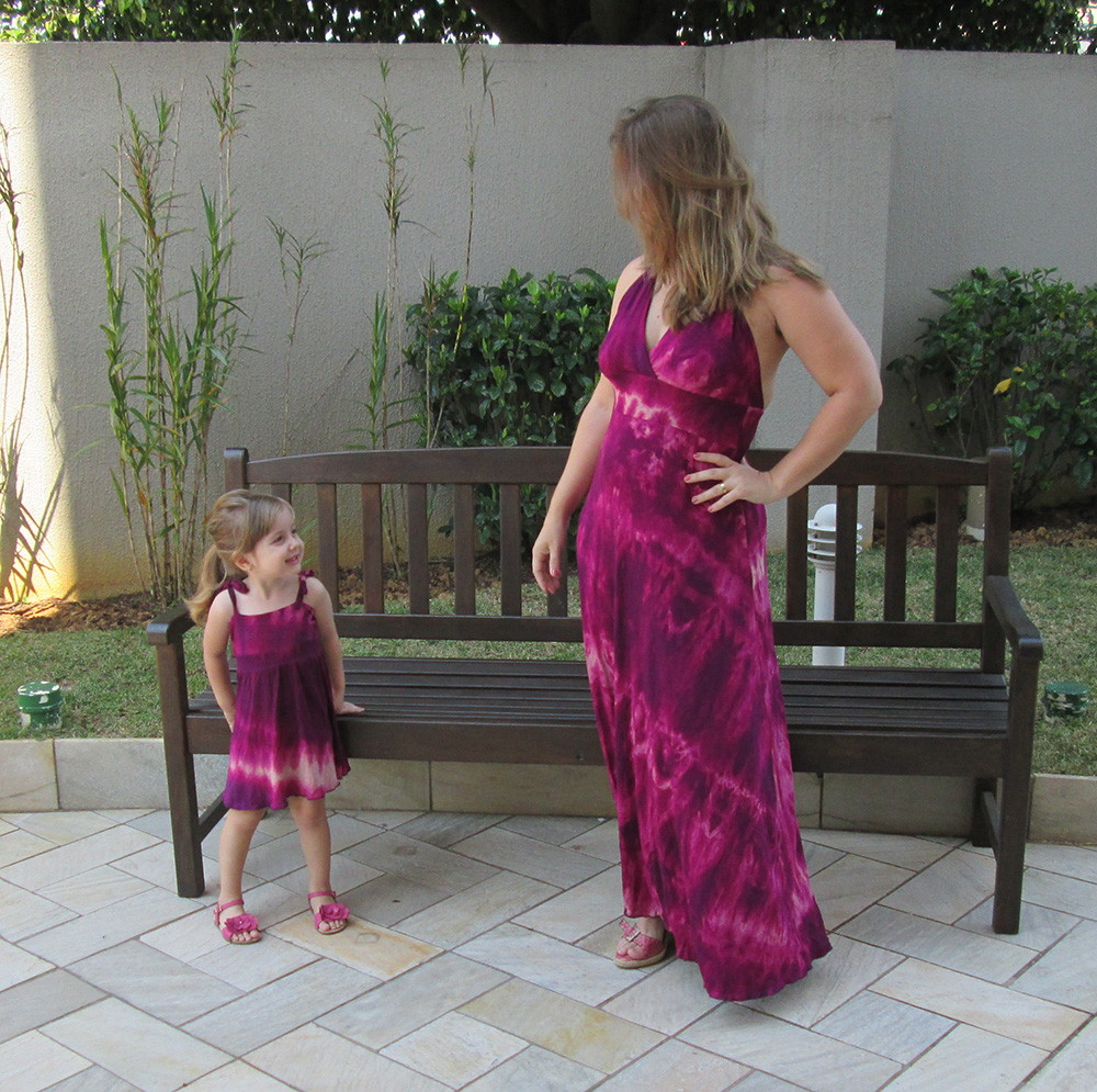 rosa-roupa-mae-e-filha vestido-rosa-mae-e-filhas-iguais vestido-rosa ...