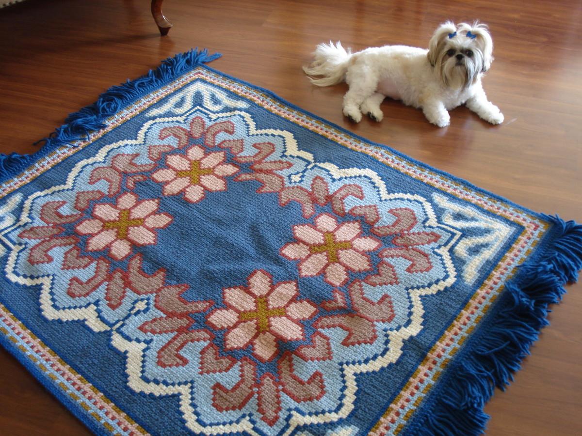 Tapete floral em ponto rosinha belas artes atelier elo7 for Tapete floral