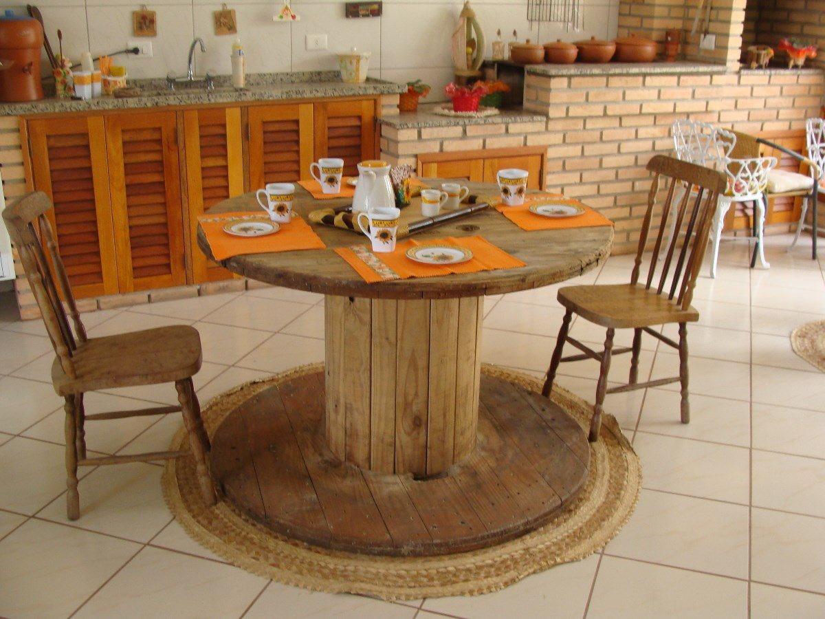 Início > Decoração > Móveis > Mesa de Carretéis de madeira #B84514 1200x900