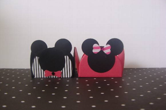 FESTA DO MICKEY Forminha de doce