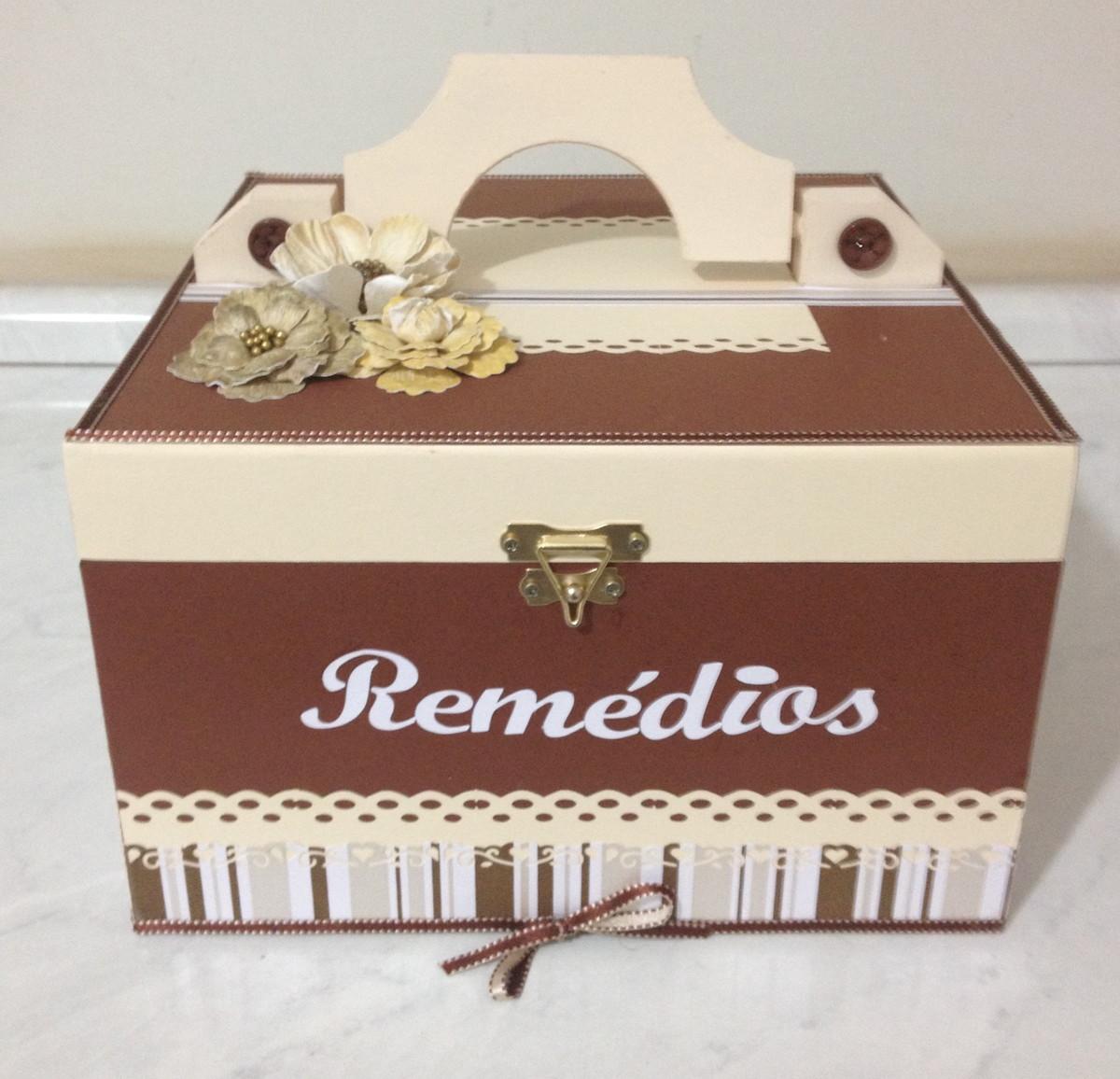 Caixa de remédios em MDF Cristiane Zitelli Rettondini Elo7 #8D753E 1200x1156