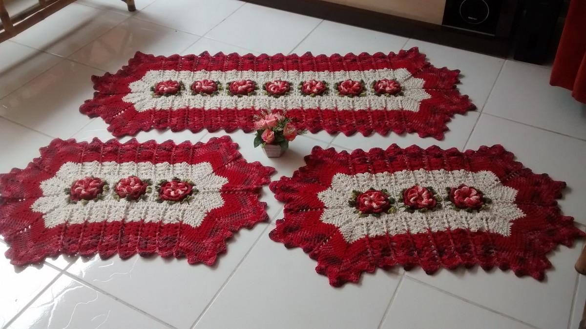 Jogo de tapetes degradê vermelho Lú Guimarães Crochê Elo7 ~ Tapetes Para Quarto Vermelho
