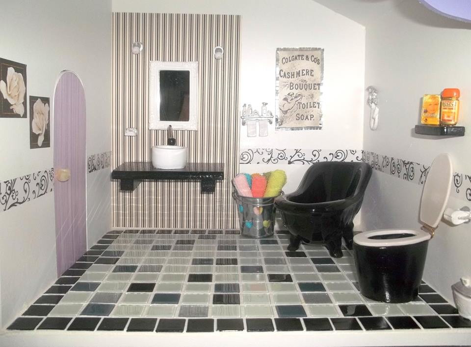 Banheiro para barbie adriana pantoja ateli elo7 - Juego de decorar casas completas ...