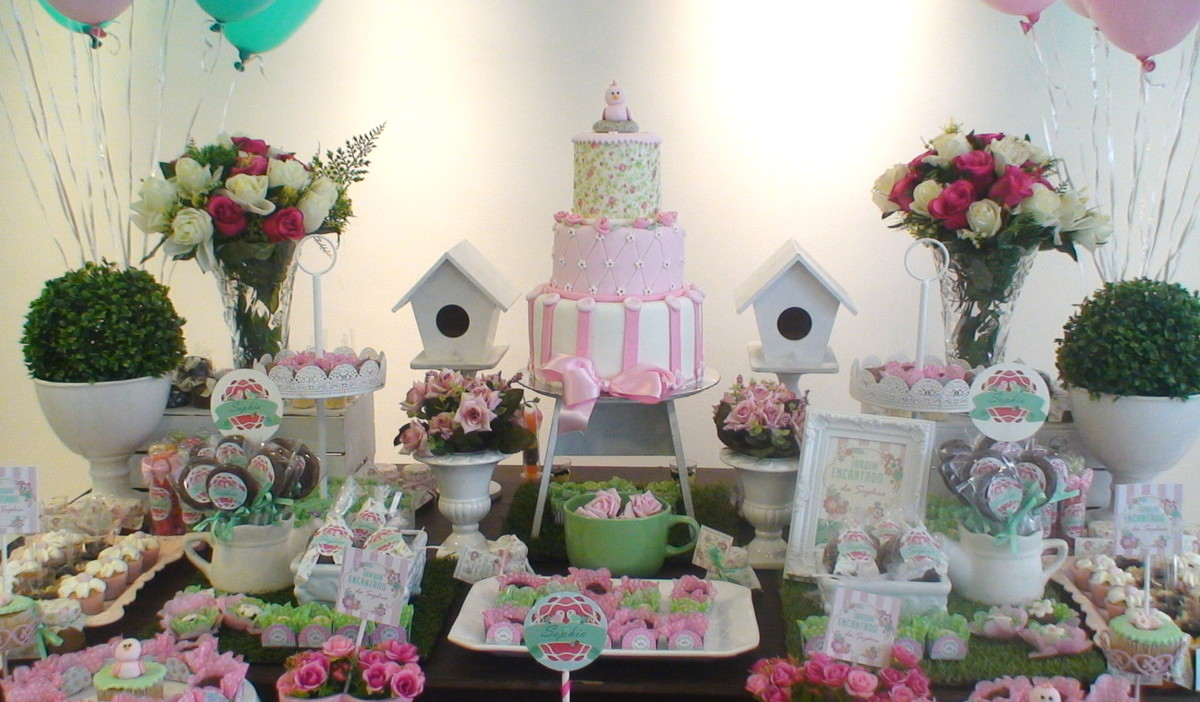 Decoração jardim encantado +bolo+doces  Atelier Mirucha Flore  Cake designe