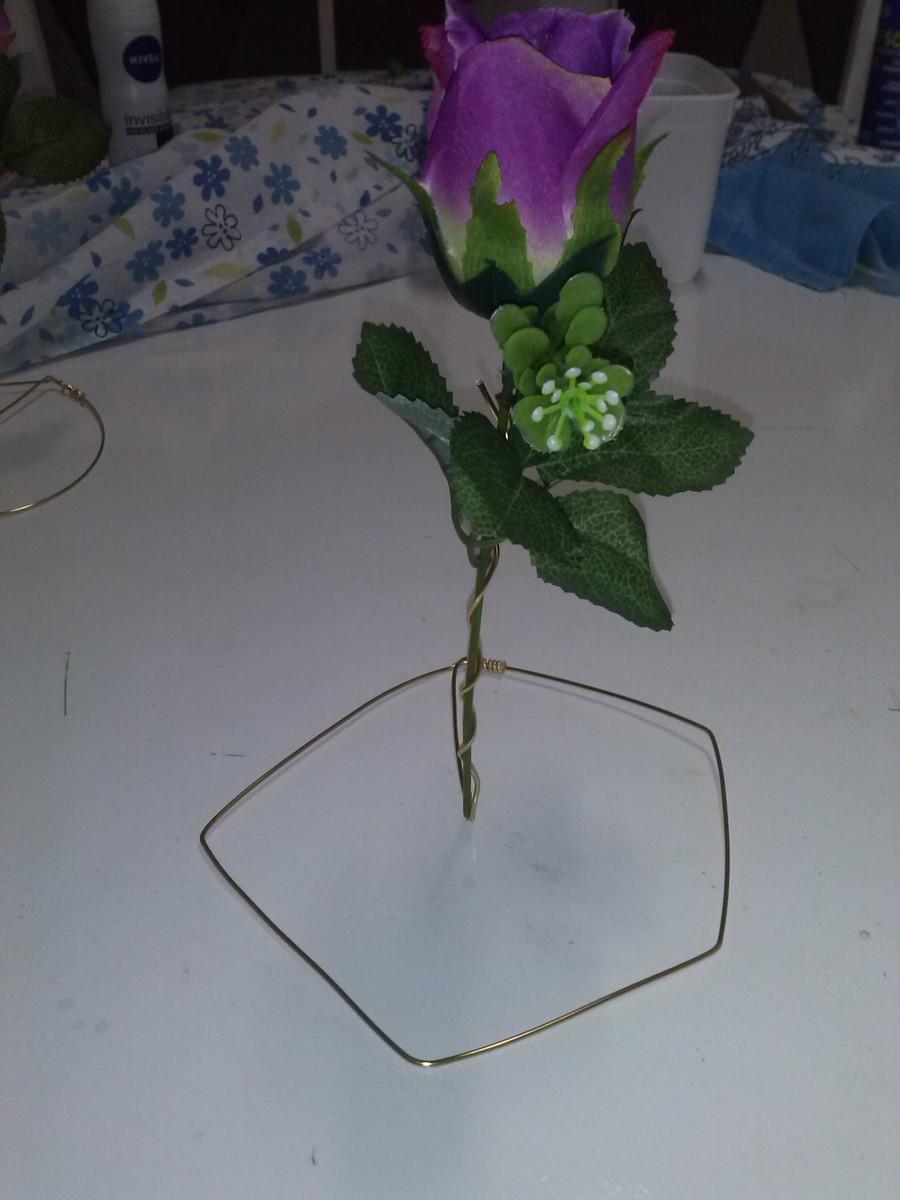 Aparador De Foco Jugui ~ Artesanato em arame de alumínio com flor GPM Geovannas Elo7