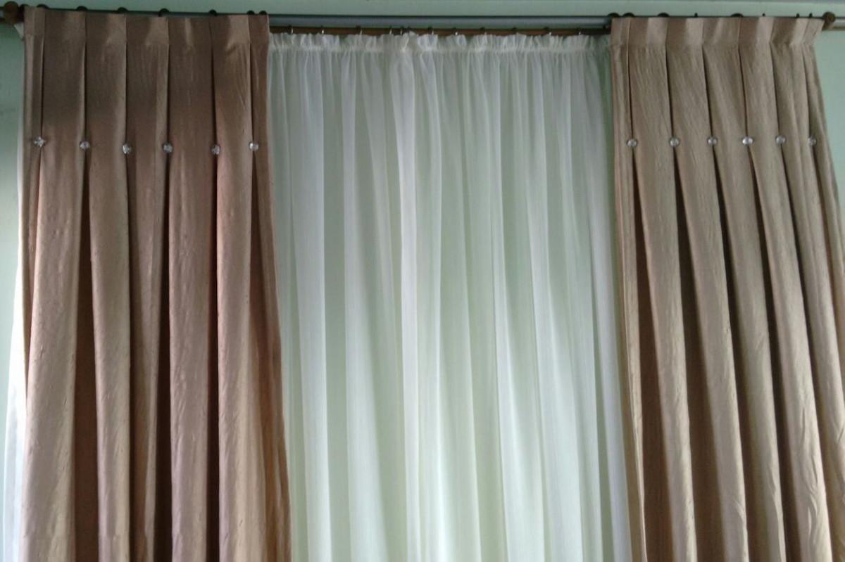 Cortina de bot es maria lia cortinas elo7 for Ver modelos de cortinas