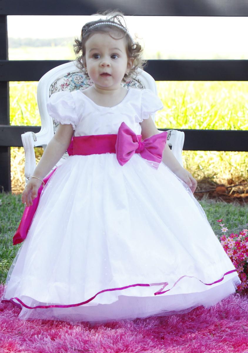 Gatinha de vestido branco no frontal - 1 8