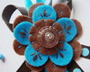Broche Blue and Brown