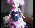 Boneca Monster High Eva com Glitter