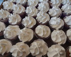CUPCAKE DECORADO COM CHANTILLY