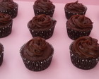 Cupcake de banana e chocolate