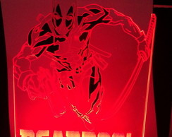 Luminária Led Deadpool com LED