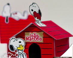 Casinha Snoopy com aplique (personagem)