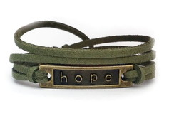 PULSEIRA PLACA HOPE VERDE