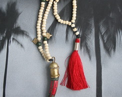 Colar Mala Dente Coral Tribal