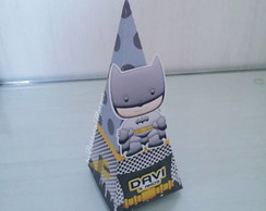 Caixa Piramide - Batman