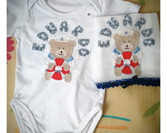 Kit Body e fralda de boca bordada urso m