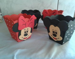 Cachepo de MDF Minnie e Mickey