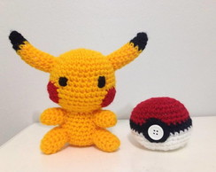 Pikachu e Pokeball