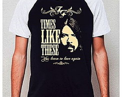 CAMISETA RAGLAN - TIMES LIKE THESE