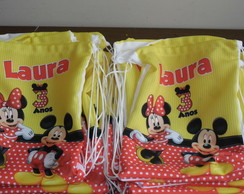 Mochilinha 22x26 mickey e minnie