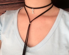 colar choker pingente chave