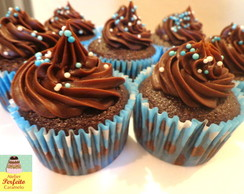 doces cupcake com ganache de chocolate