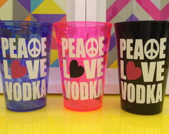 Copos peace, love & vodka
