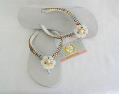 Chinelo Customizado Branco Strass Colori