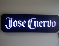Luminoso Jose Cuervo Bar Letreiro