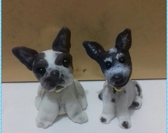 Cachorrinhos miniaturas.