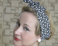 Bandana Pin Up Floral Preto e Branco