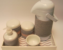 Kit higiene. Porcelana e croche