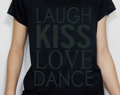 Camiseta Feminina Laugh Kiss