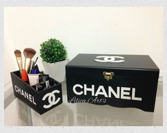 Kit porta pincéits e caixa make Chanel M