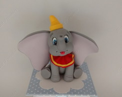 Dumbo em biscuit na caixinha