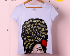 T-shirt feminina Amy