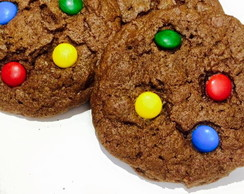 Cookies de chocolate com MM's