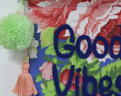 Bandeirola Good Vibes Only Floral