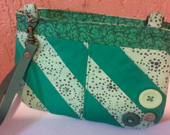 Mini Clutch com zíper e patchwork