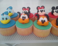 "Cupcake ""Turma do Mickey"""