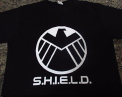 Camiseta pintada à mão Marvel SHIELD