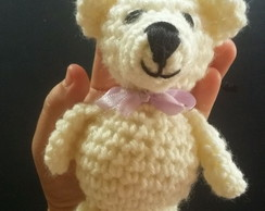 Mini urso crochê