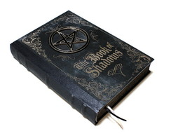 Book of Shadows preto e prata