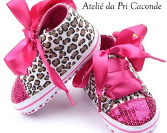 Tênis baby animal print bordado